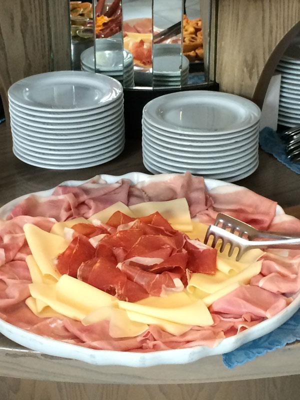 Dettaglio antipasti cucina Tipica Hotel Zadina di Cesenatico