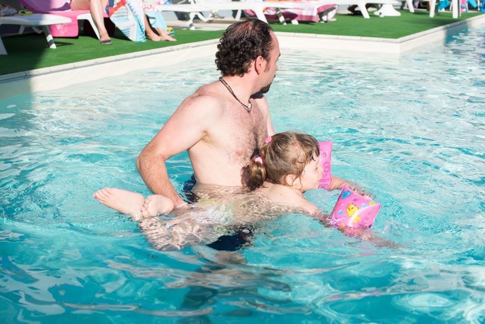 Piscina con giochi per bambini Hotel per famiglie Zadina