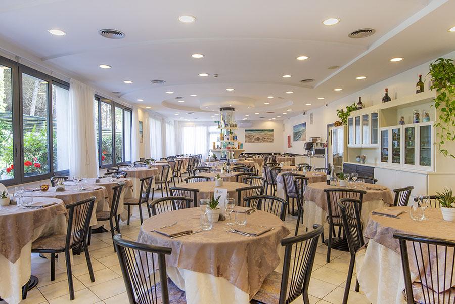 Ristorante cucina Romagnola Hotel 3 stelle Zadina di Cesenatico